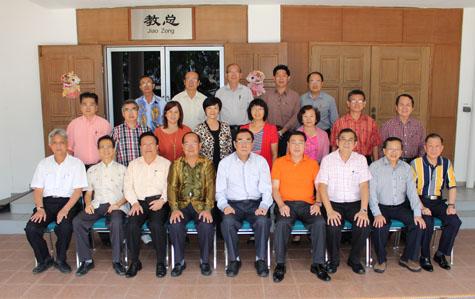 教总于2015年2月7日召开常务理事会议,以商讨各项华教议题